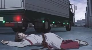トラックひき逃げ