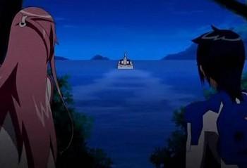 動かない船