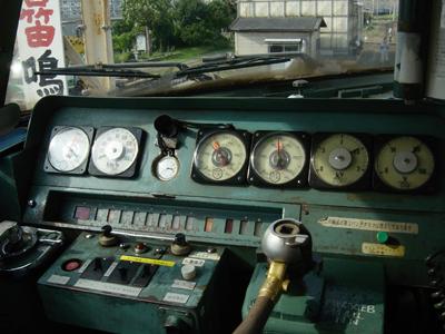 183系   運転台