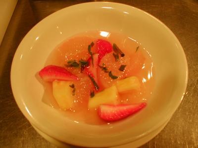 フルーツのスープ仕立て