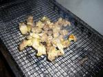 親鳥の炭焼きチキン