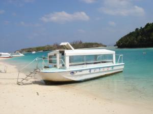 glassboat.jpg