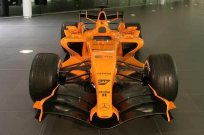 2006マクラーレンロンチカラー