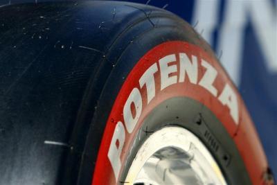 Red.tire.jpg