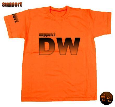 DW Tシャツ