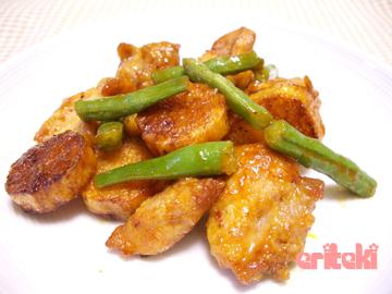揚げ鶏と山芋のケチャップ炒め