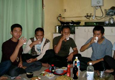 ジュースでカンパーイ