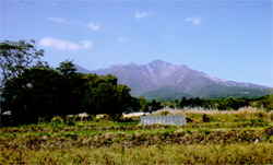 「緑の風」の前に広がる八ヶ岳