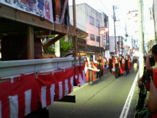 静かな祭り