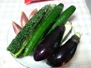 塩もみされた野菜たち