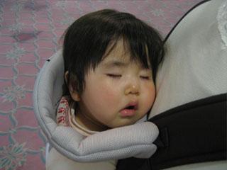 寝顔の写真しかないじゃないか…