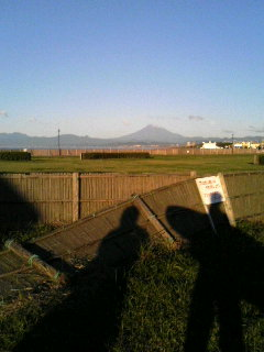 鵠沼海岸からの富士山