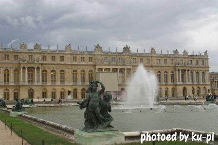 ベルサイユ庭の噴水