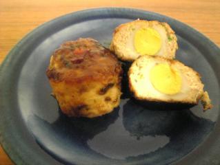 鶉卵入り鶏ハンバーグ スイートチリソース味