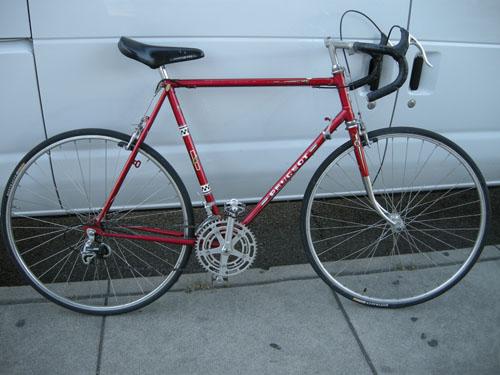 赤い76年 プジョー自転車