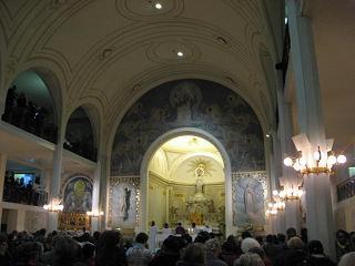 奇跡のメダル聖母教会