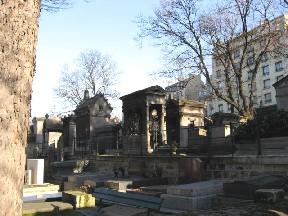 モンマルトル墓地