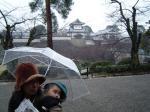 雨の金沢城