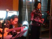 クキさんのお友達が歌います。上手い!