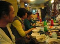 5/16 voウンサンさんピョさんg村山義光氏、皆と最後のお食事。
