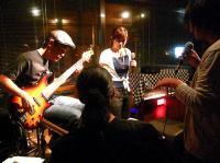 最後はg村山義光氏がスキャットしばがらギターを弾きます