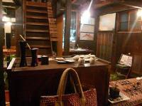 モノカフェ【ワヲン】レジ・階段・雑貨スペース