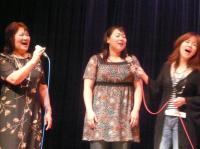 皆で歌います