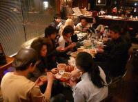 吉野家の豚丼を買い込んで皆でお食事会。マスター西上さん、いつもありがとう!