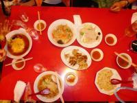 中華料理屋で腹ごしらえ