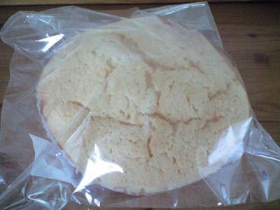 堀越ヨーグルトメロンパン