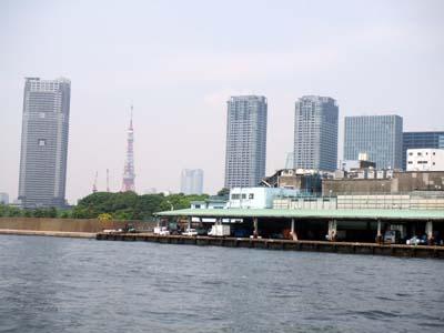 水上バス[浅草→日の出] (36) タワーとヒルズ.jpg