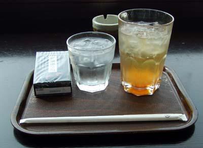 白桃のソーダ.jpg