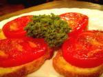 VELONA(ヴェローナ)ガーリックトマトパン。