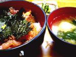 柳橋食堂海鮮丼セット。