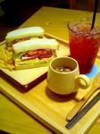 大名のTUIT. CAFE(トゥイットカフェ)でサンドイッチランチ♪