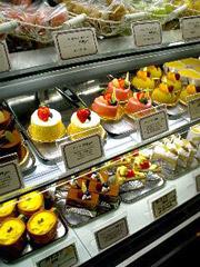 琴平のパティスリービジューのお誕生日ケーキ。
