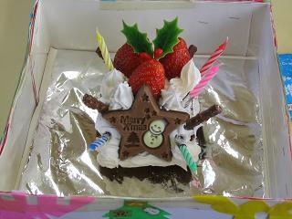 幼稚園のケーキ