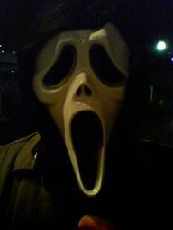 スクリーム仮面、俺