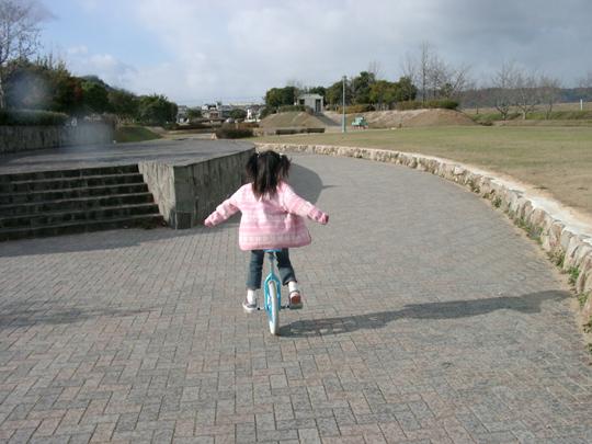2006.12.29佑佳一輪車2