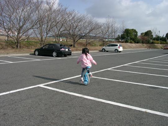 2006.12.29佑佳一輪車3
