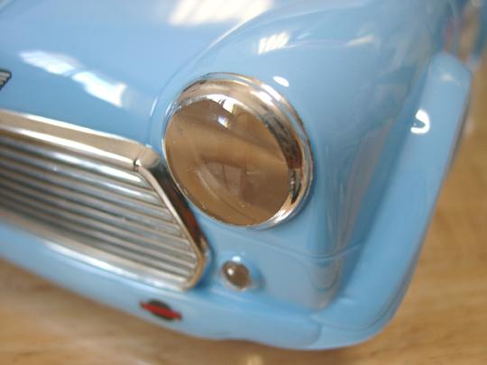 2007.2.1ミニのヘッドライト