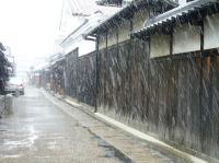 雪になってきた