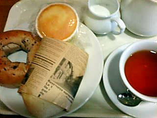hana・na:ベーカリー&カフェでランチ