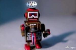 このロボット・・・