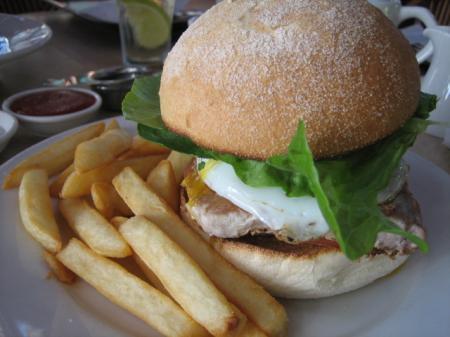 魚ハンバーガー