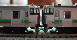 左:731系・右:キハ201系