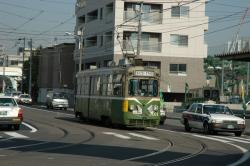 M101号@幌南小学校前電停付近