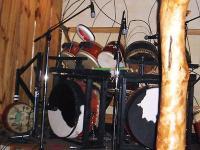 牛革張りのドラム