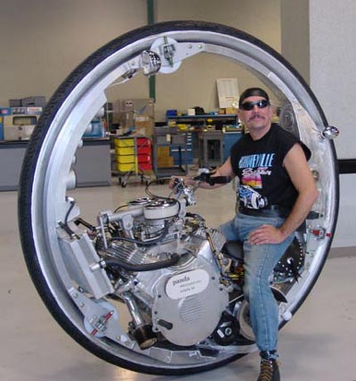 mcLean-V8-Monowheel.jpg