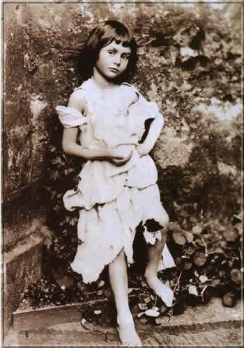 Lewis Carroll: Alice Liddell as a beggar